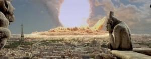 Een asteroïde als Apophis kan niet het leven op aarde uitroeien, maar van een land zo groot als Frankrijk zou weinig overblijven. Een inslag in de oceaan zou een vernietigende tsoenami veroorzaken.
