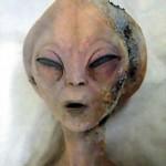 Na het Roswell-incident dook een filmpje op van een vermeende autopsie van een buitenaards wezen. Volgens UFO-aanhangers verbergt de Amerikaanse overheid veel.