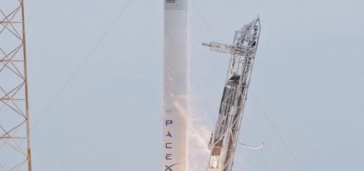 De SpaceX Falcon 9 is met zijn lage prijs per lancering de grote schrik van de concurrentie.