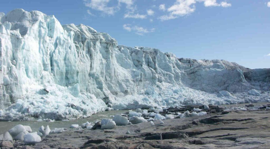 Een nieuwe ijstijd, of globale afkoeling, zou lijden tot grote hongersnoden. Mogelijk zelfs tot het einde van de beschaving.