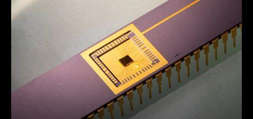 Een experimentele chip met de technologie. Bron/copyright: University of Arkansas, 2020