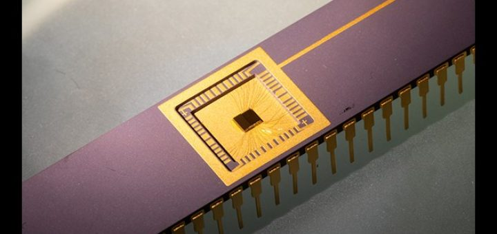 Een experimentele chip met de technologie. Bron/copyright: University of Arkansas, 2020