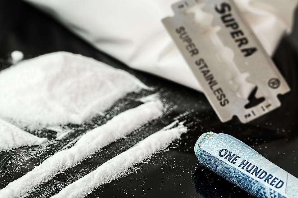 Legaliseren van drugs zou in principe de criminaliteit in Usa kunnen halveren. Bron: Steve pb/Wikimedia Commons