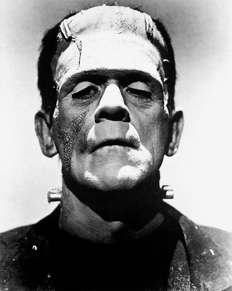 Het monster van Frankenstein, als gespeeld door Boris Karloff. Met een hoofdtransplantatie en wat elektrische schokken kwam dit monster tot leven in de gelijknamige roman.